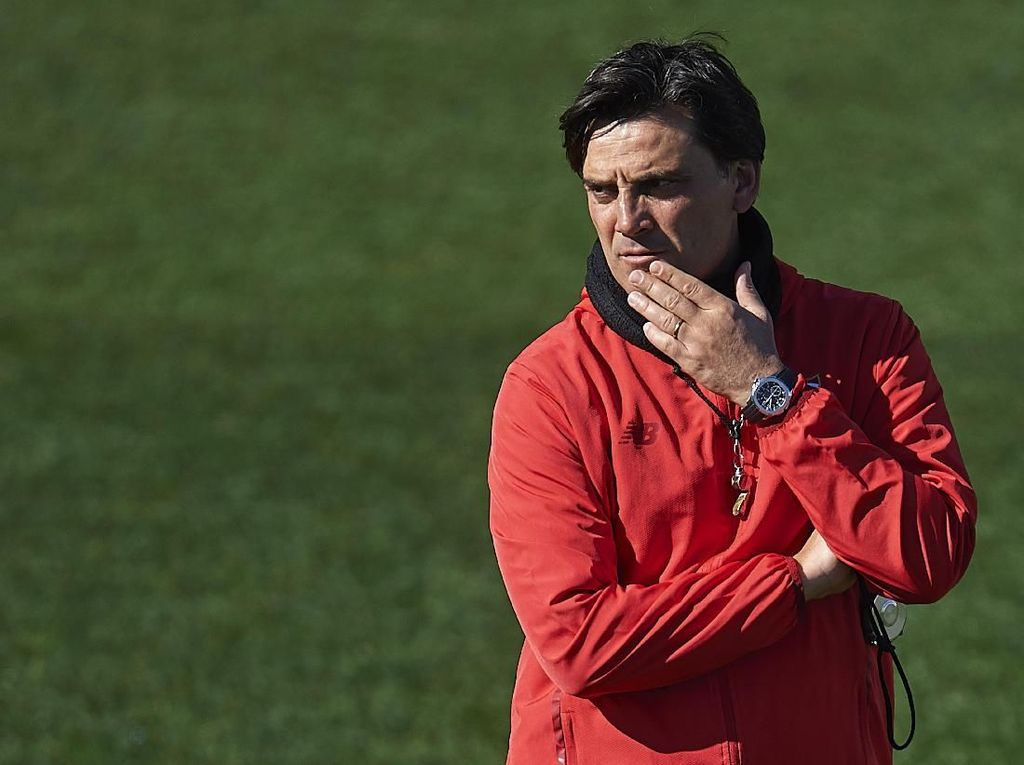 Kelakar Montella: Yang Jadi Pelatih Italia Harus Punya Banyak Uban