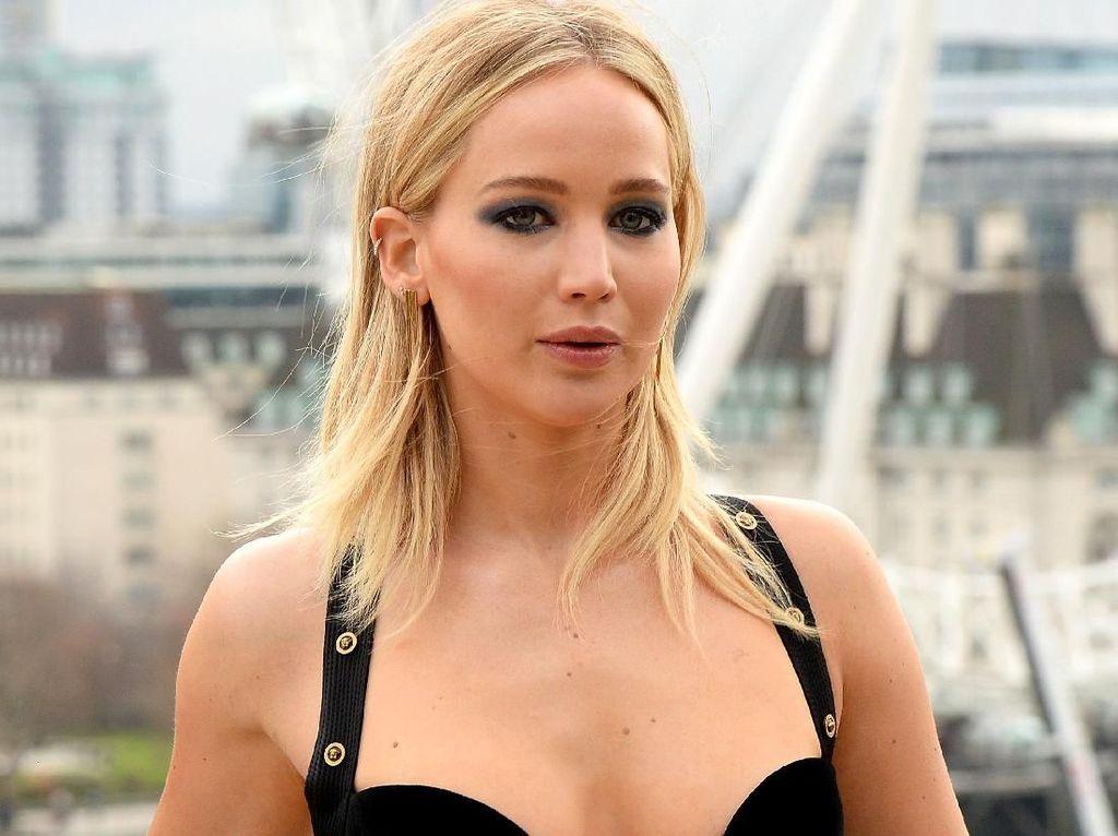 Gaya Baru Jennifer Lawrence dalam Film Red Sparrow