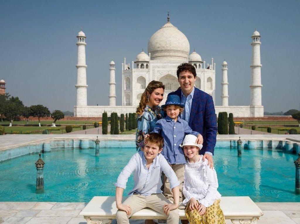 Foto: Liburannya Perdana Menteri Kanada yang Ganteng