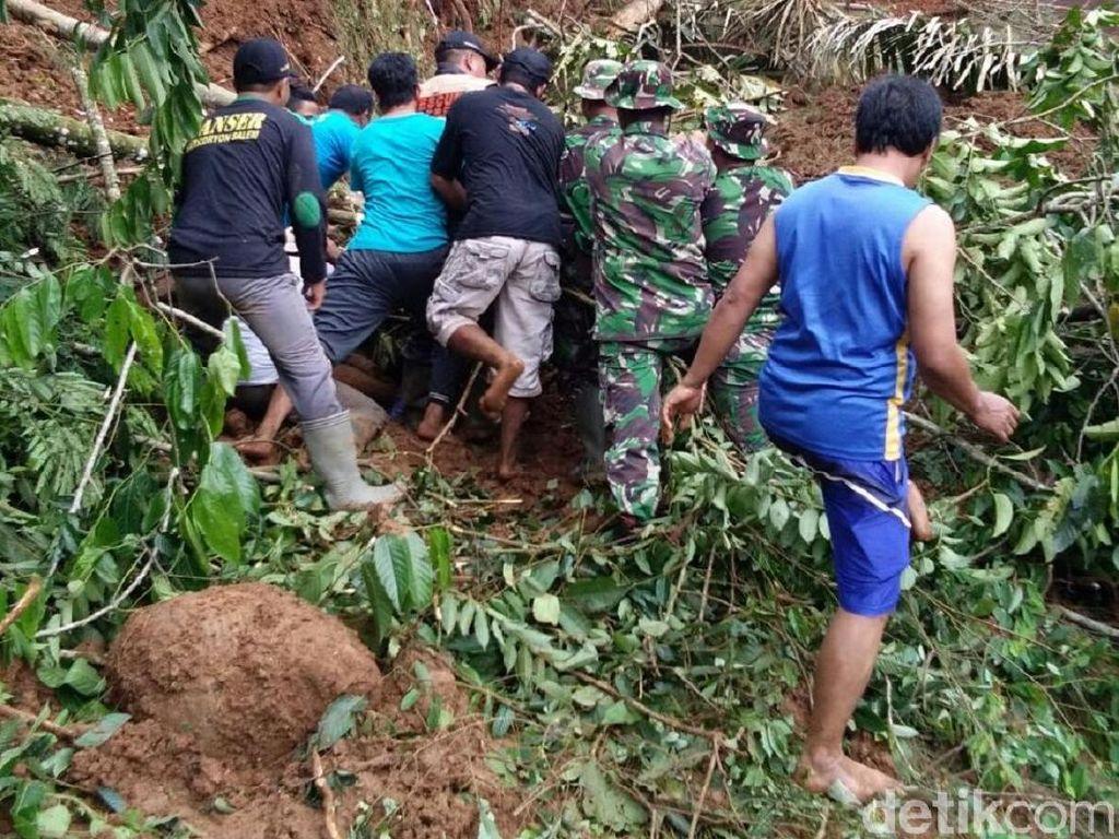 Cuaca Buruk, Pencarian Korban Longsor di Brebes Dihentikan