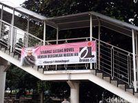 Suasana penyambutan Novel Baswedan di gedung KPK