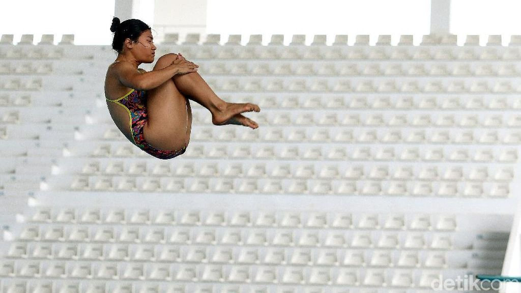 Atlet Pelatnas Loncat Indah Berlatih Keras Jelang Persiapan Asian Games