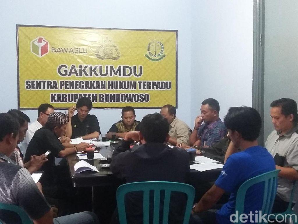 Rakor Panwaskab dan Tim Paslon Deadlock Soal Alat Peraga Kampanye