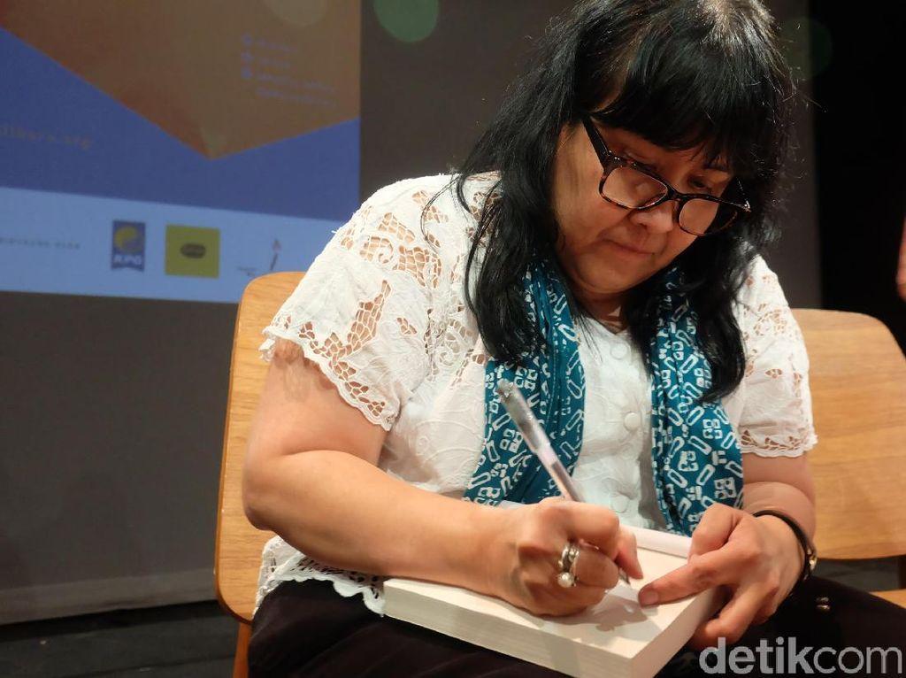 Setelah Laut Bercerita, Leila S Chudori Sedang Garap 3 Buku Baru