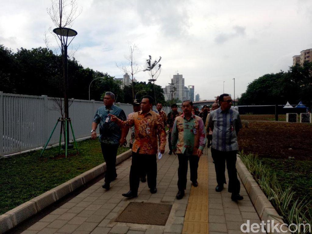 Cek Kesiapan Asian Games, Sekda DKI Tinjau Wisma Atlet dan LRT