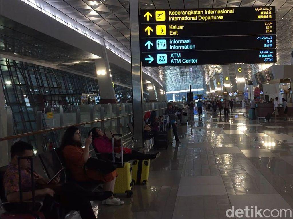 Peningkatan Penumpang & Pesawat Bikin Soekarno-Hatta Jadi Ngaret