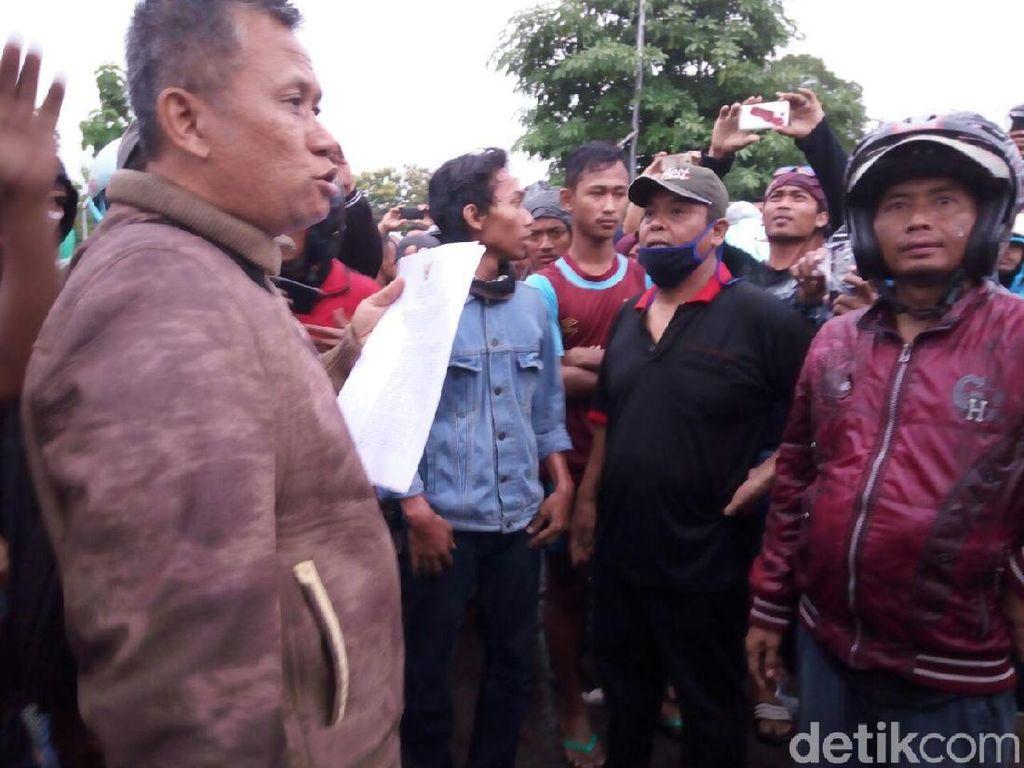 Bupati Sukoharjo Resmi Tutup PT RUM, Warga Membubarkan Diri