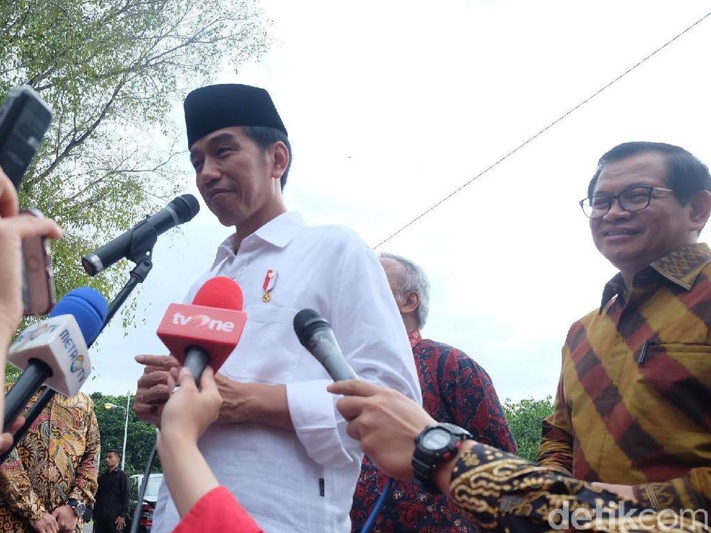 Diumumkan Jadi Capres PDIP Secara Tertutup, Jokowi: Tanya Bu Mega