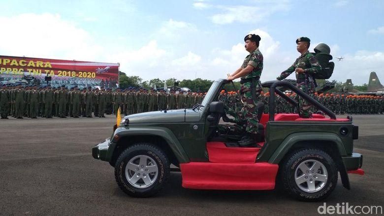 Panglima TNI Pimpin Alih Kodal PPRC ke Divif 2 Kostrad