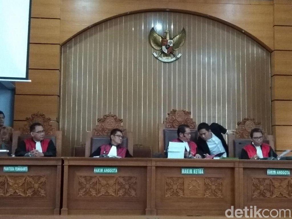 Cerita Saksi Disuruh Cari Koordinator untuk Aksi Bom Thamrin