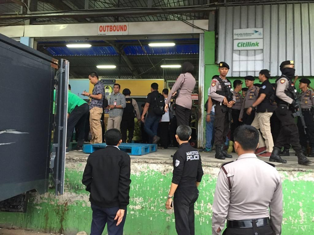 Jalan Panjang Memvonis Mati Penyelundup 1,6 Ton Sabu