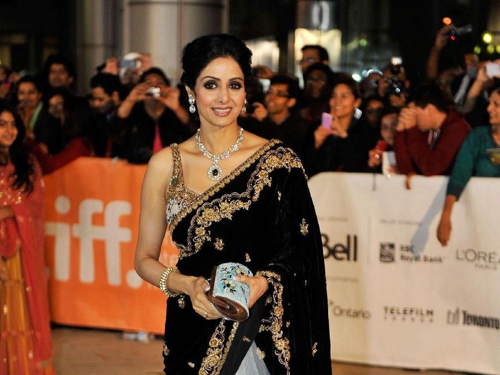 Foto: Pesona Sridevi Kapoor, Megabintang Bollywood yang Meninggal di Usia 54