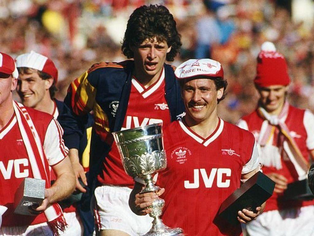 Foto: Momen-momen Arsenal dan City di Final Piala Liga Inggris