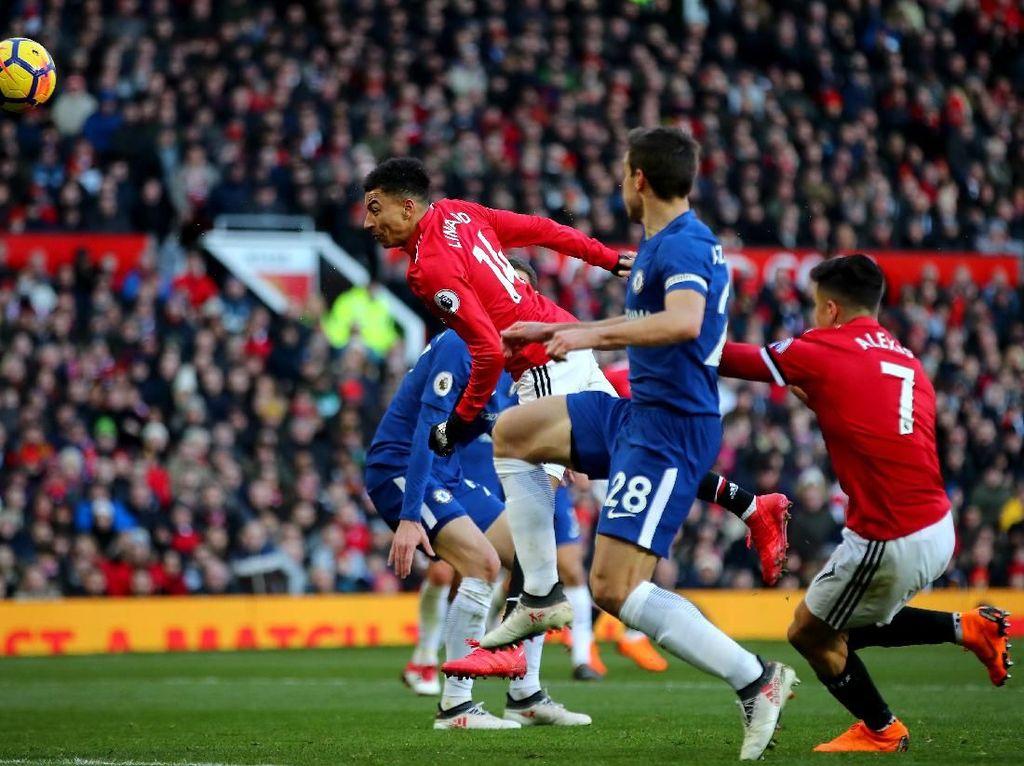 MU Kalahkan Chelsea 2-1