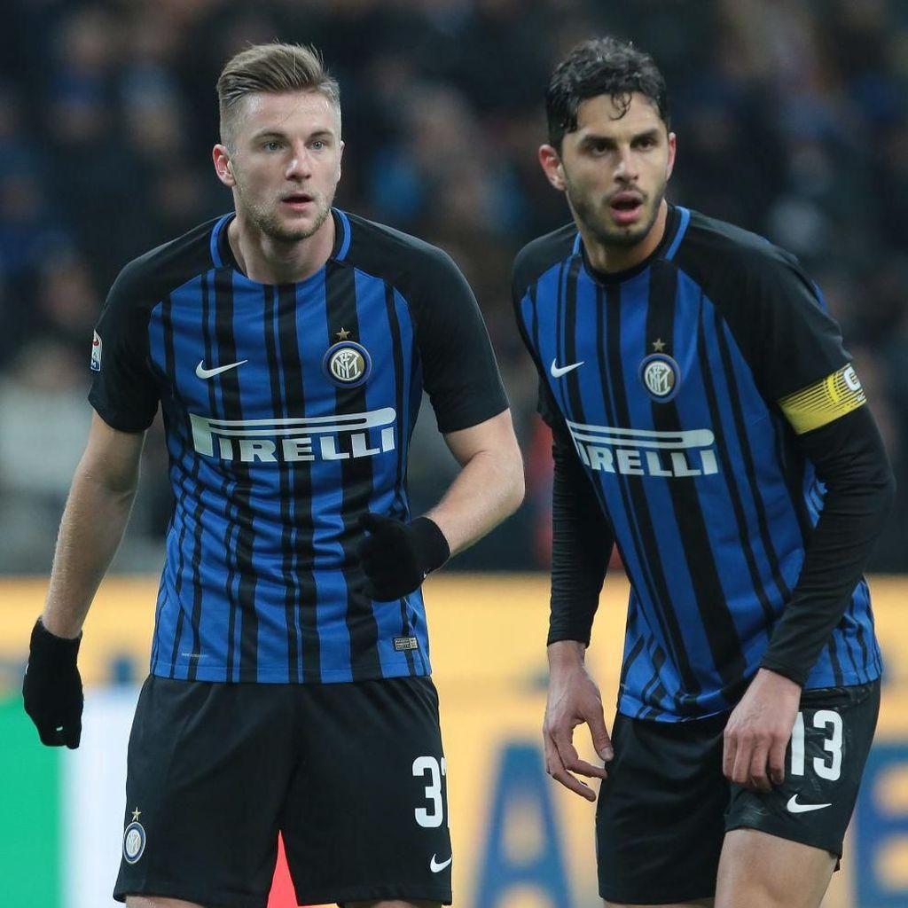 Foto: Situasi Bola Mati yang Berujung Dua Gol Kemenangan Inter
