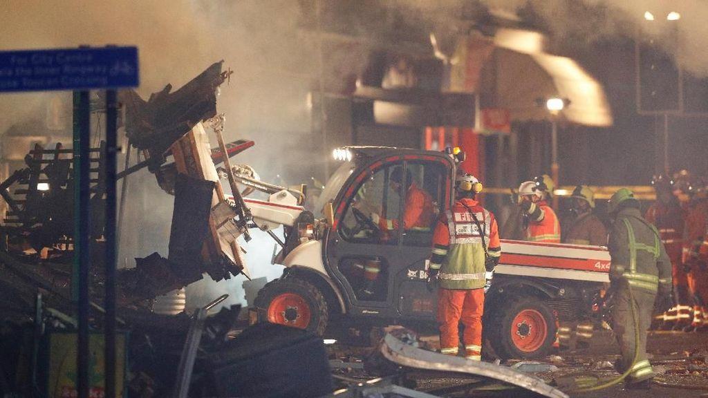Foto: Hancur Berantakan, Ini Toserba Lokasi Ledakan di Leicester