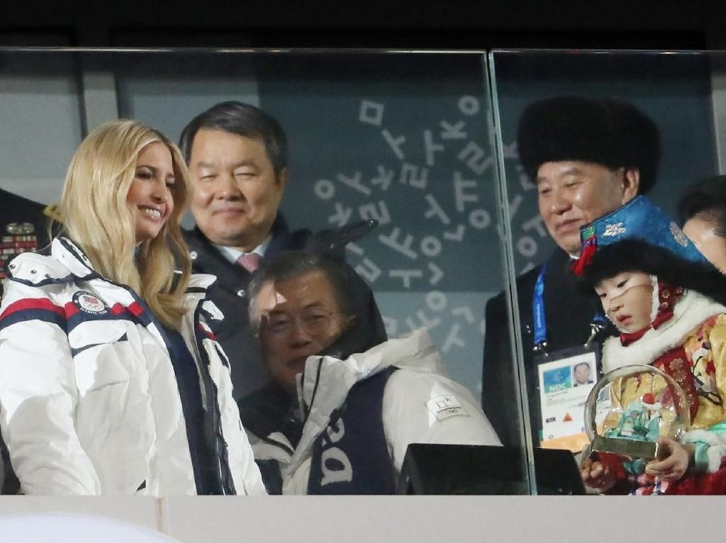 Foto: Wakili Trump, Ivanka Pimpin Delegasi AS di Penutupan Olimpiade