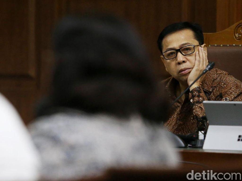 Novanto akan Hadirkan Rekan Politikus Jadi Saksi Meringankan