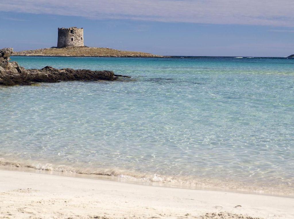 Curi Pasir Pantai di Italia, Bisa Kena Denda Rp 49 Juta