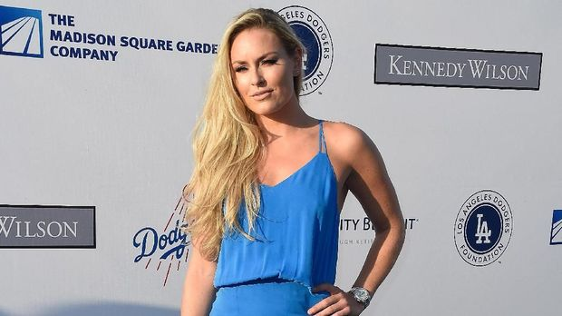 LOS ANGELES, CA - JULY 28: Mixed martial artist Ronda Rousey attends the Los Angeles Dodgers Foundation Blue Diamond Gala at Dodger Stadium on July 28, 2016 in Los Angeles, California.   Frazer Harrison/Getty Images/AFP
