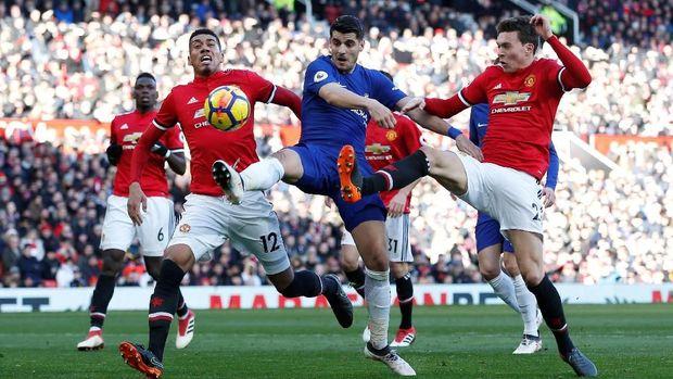 Usai MU vs Chelsea, Souness Kritik Sanchez dan Morata