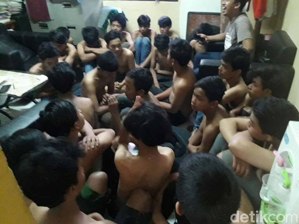 Diduga Bacok Warga, 30 Remaja Diamankan di Tangsel