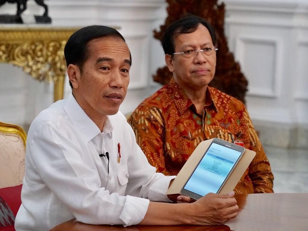 Jokowi Lapor SPT Pajak Via Online