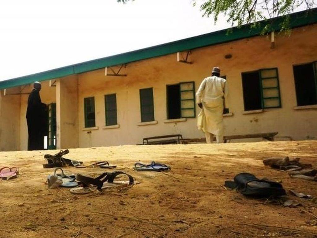 Nigeria Terus Cari 110 Siswi yang Diculik Boko Haram