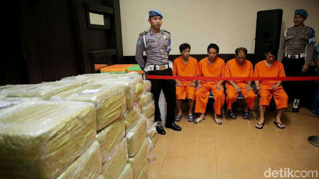 Polisi Amankan 1,6 Ton Sabu dan Empat Tersangka