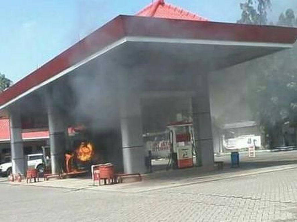 Cegah Kebakaran di SPBU, Setop Isi BBM Pakai Jeriken!
