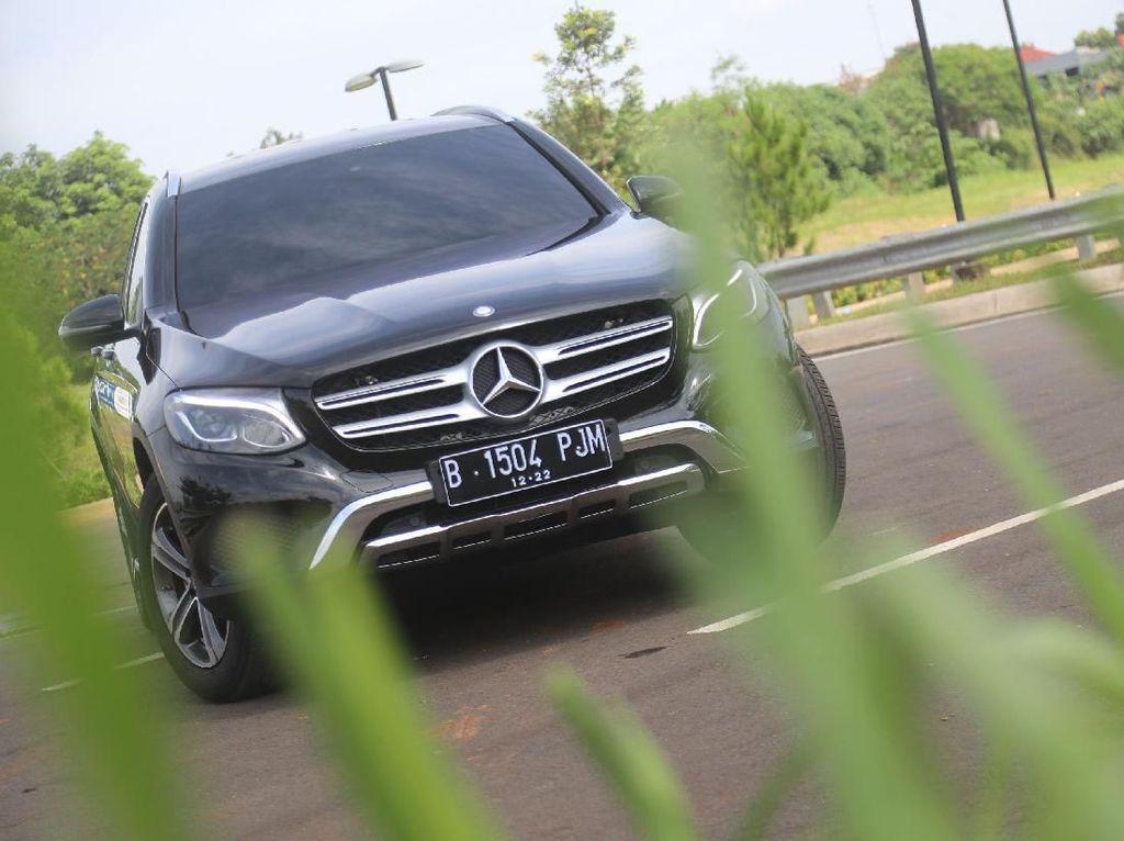SUV Mercedes-Benz GLC 200 Exclusive yang Asyik Buat Ngebut