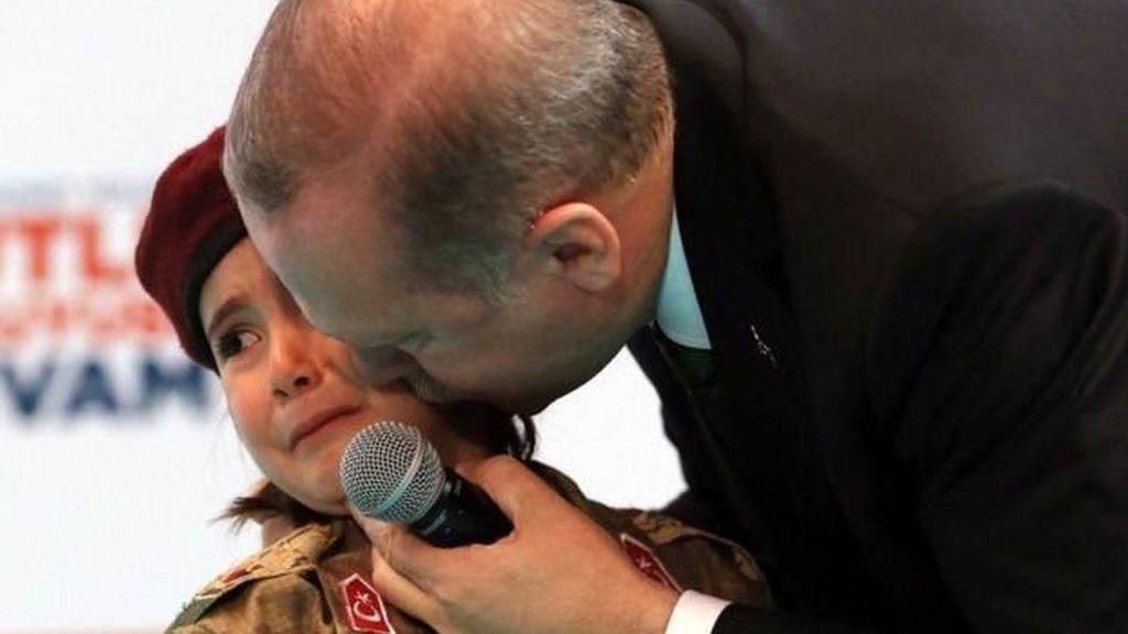 Dorong Anak Perempuan Turki Jadi Martir, Erdogan Dikecam