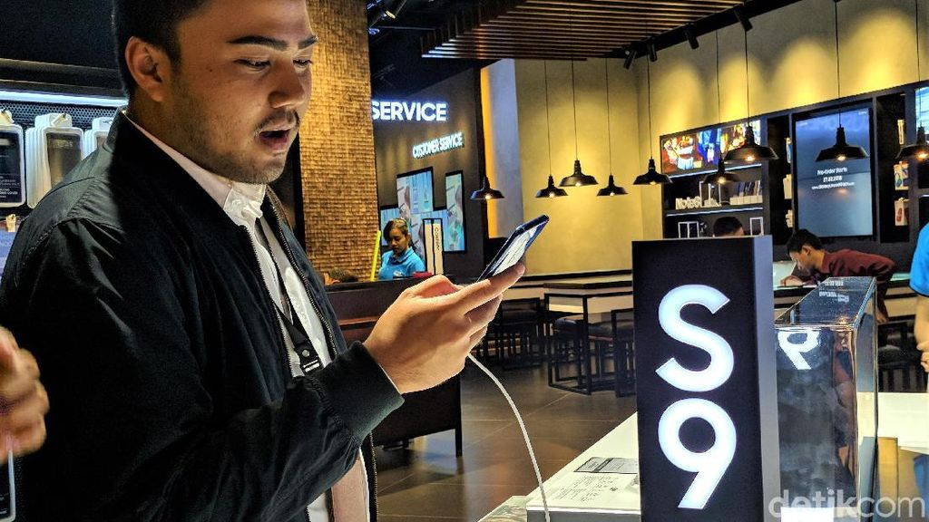 Penampakan Galaxy S9 dan S9+ di Indonesia
