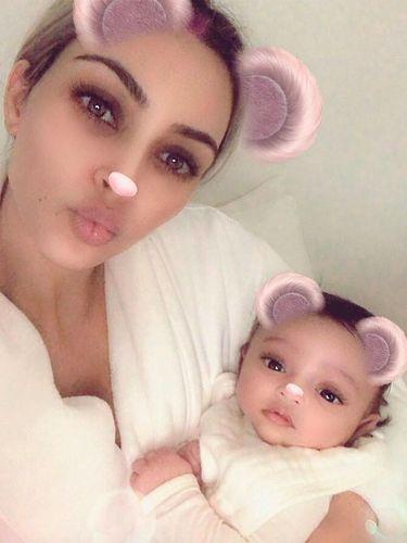 Ini Sebabnya Anak Ketiga Kim Kardashian Berjenis Kelamin Perempuan