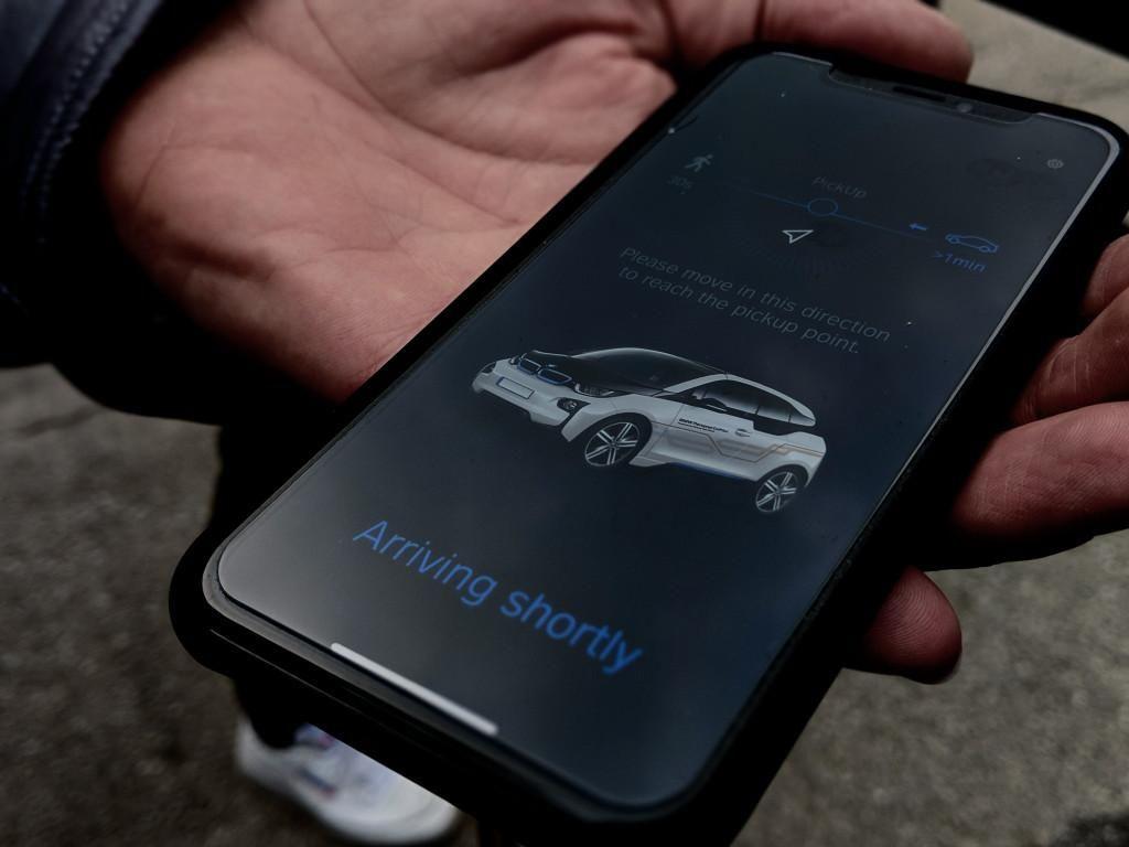 Buka Kunci Mobil Pakai Ponsel Dijamin Aman dari Incaran Maling