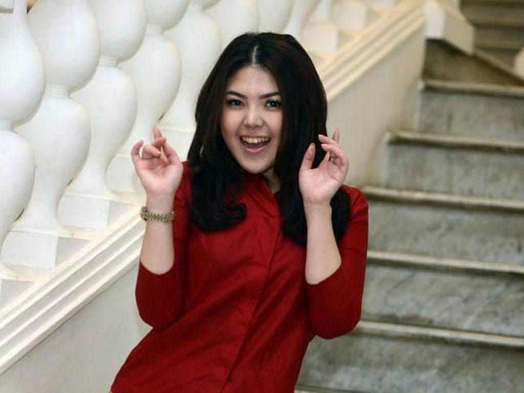 Tina Toon dan Chiko Hakim Jadi Bakal Caleg PDIP DKI