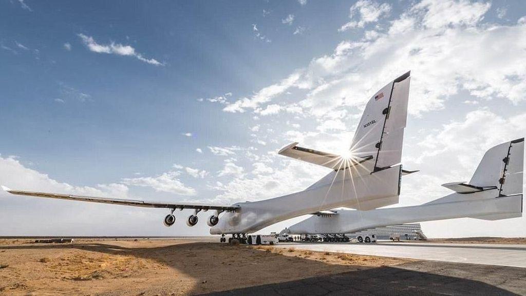 Mengintip Uji Coba Stratolaunch, Pesawat Terbesar Sejagat