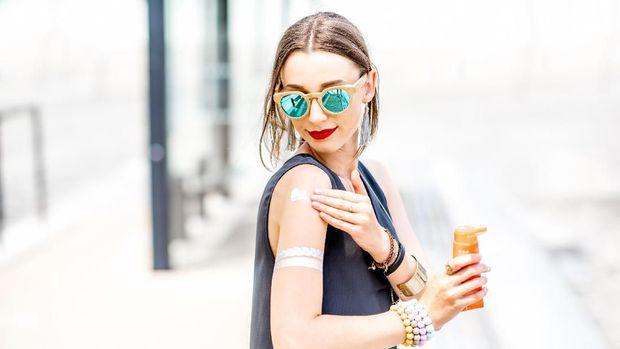 Catat! Kandungan Skincare yang Perlu Bunda Hindari Saat Hamil