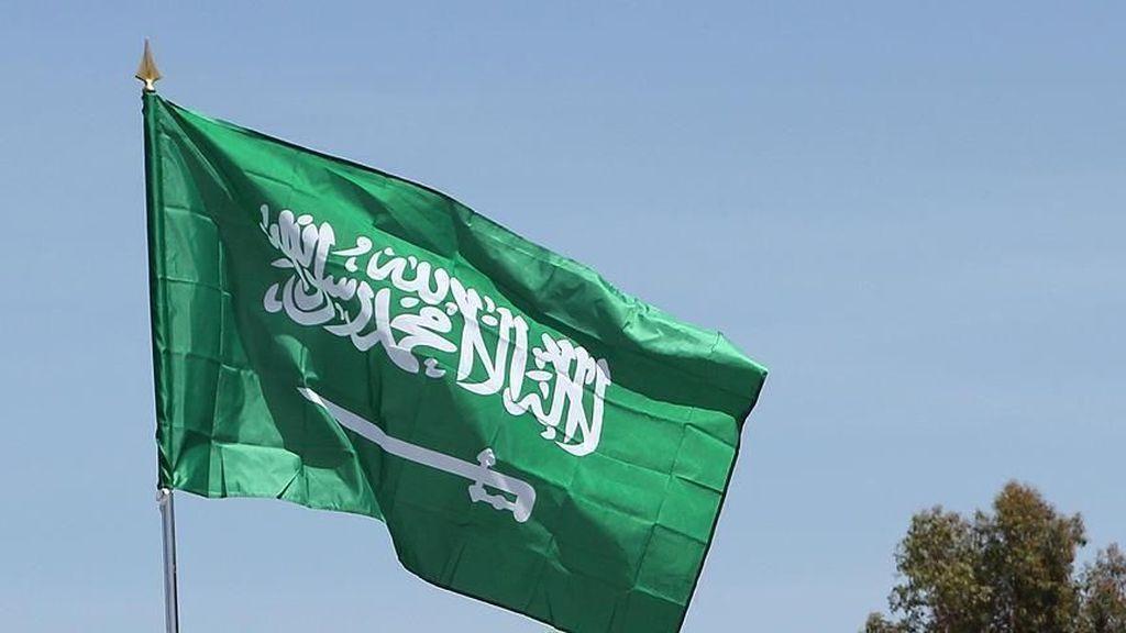 Arab Saudi Tangkap Imam Terkemuka Masjidil Haram
