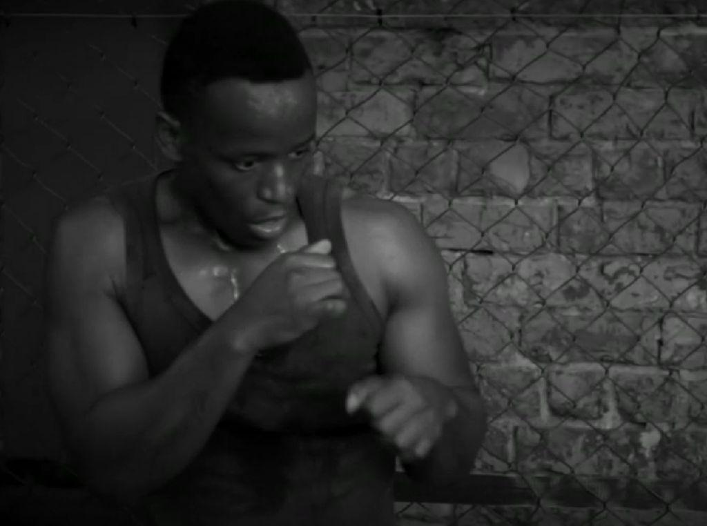 Ronald Dlamini, Mantan Juara MMA yang Jadi Pelatih Bela Diri Tunanetera
