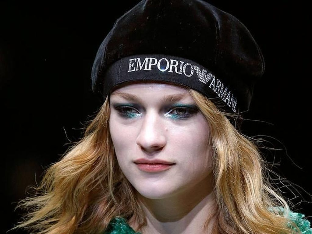 Bibir Beku Hingga Lipstik Hijau Jadi Tren Makeup Terkini