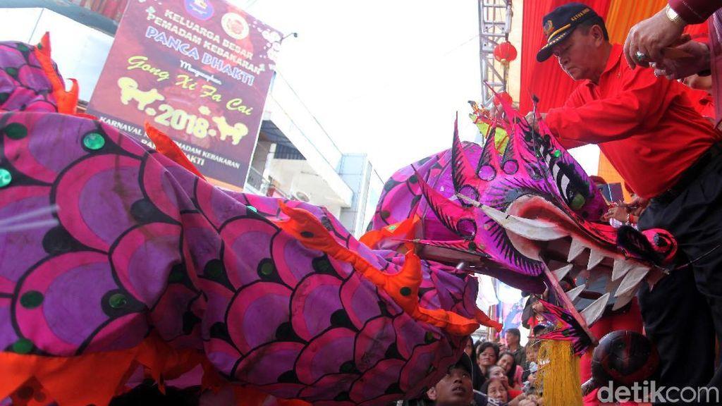 Ritual Naga Buka Mata Awali Perayaan Cap Go Meh di Pontianak