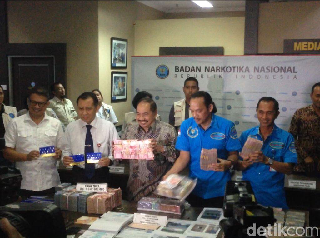 BNN Ungkap TPPU Narkoba Rp 6,4 T Jaringan Toge dan Freddy Budiman