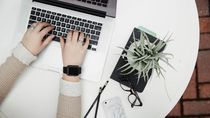 10 Tips Cari Uang dari Internet Saat PSBB Total