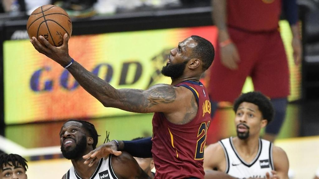 Cavs Tundukkan Nets, LeBron Capai 8.000 Assist