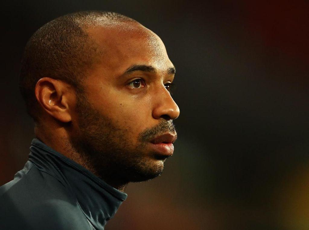 Arsenal, Ganti Saja Emery dengan Henry atau Vieira