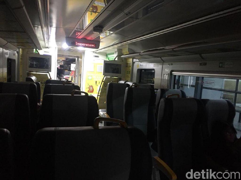 Kereta Bandara Soetta Sempat Mati, Penumpang Dipindahkan