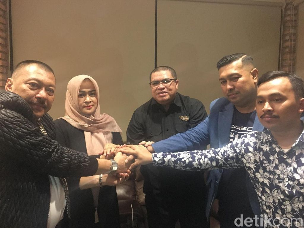 Evy Istri Gatot Pujo Cabut Laporan soal Razman Nasution