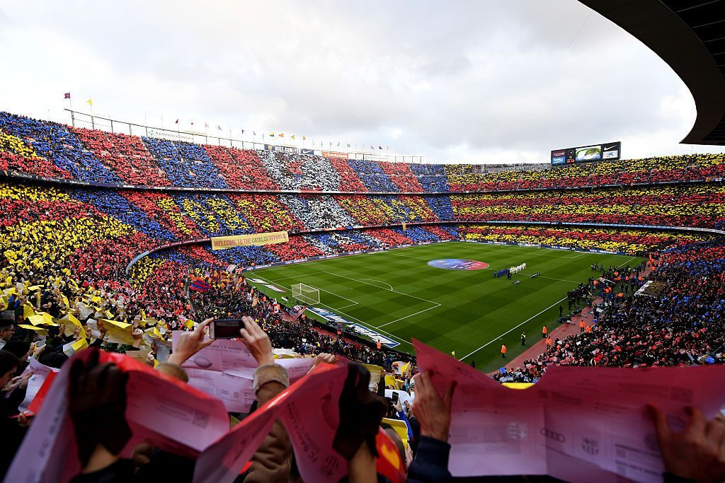 BARCELONA, SPAIN - DECEMBER 03:  A general view of the stadium prior to the La Liga  match between FC Barcelona and Real Madrid CF at Camp Nou on December 3, 2016 in Barcelona, Spain.  (Photo by David Ramos/Getty Images)