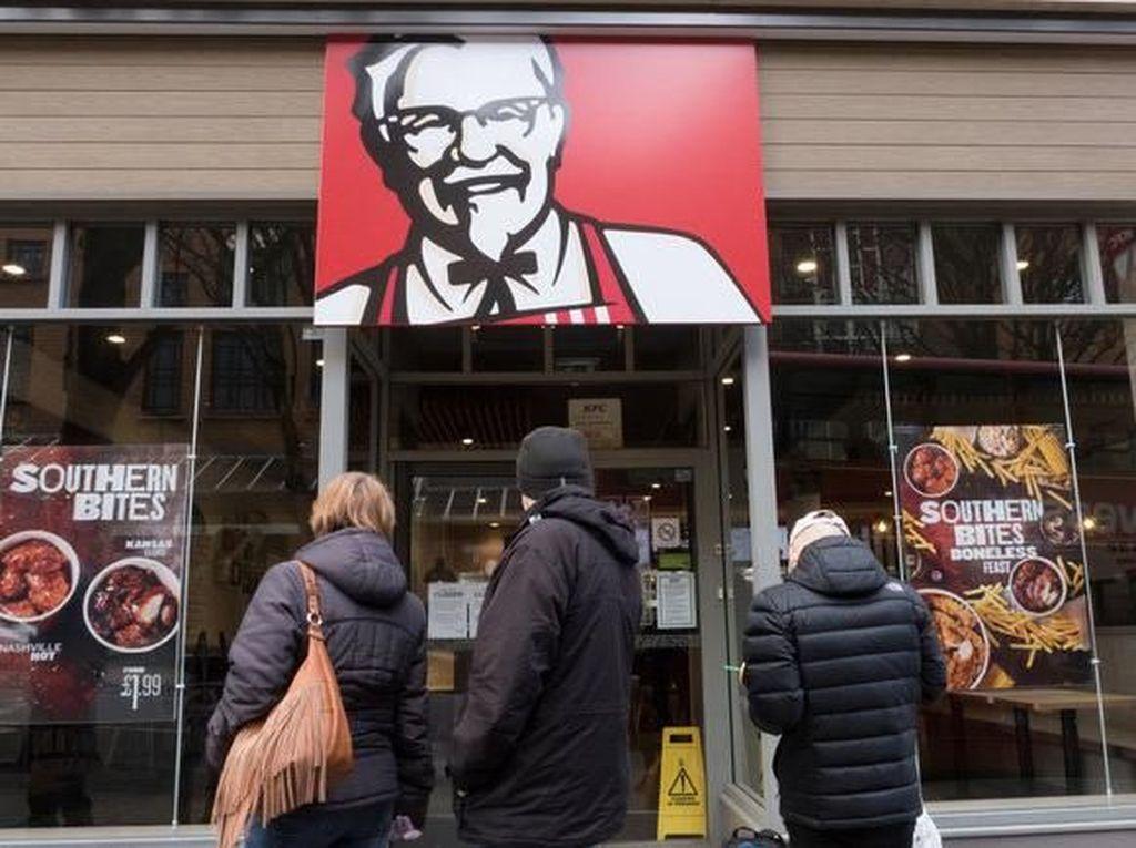 Setelah Krisis Ayam, Penggemar KFC Inggris Kini Kesal karena Kelangkaan Saus Gravy